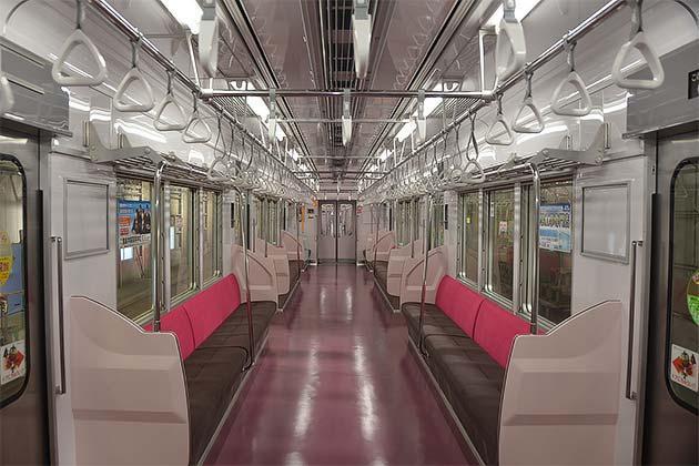 新京成電鉄,8800形の内装をリニューアル