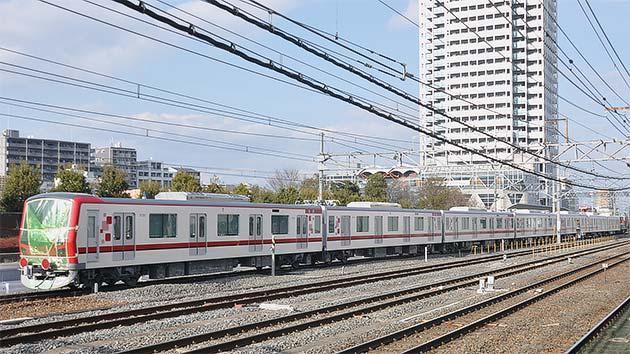東武鉄道70000系第1編成が甲種輸送される