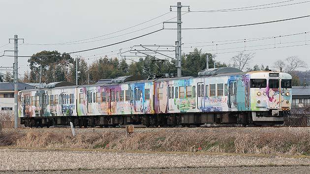 岡山電車区115系D14編成が映画「ひるね姫」PRラッピングに