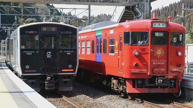 713系が4両編成で返却回送される
