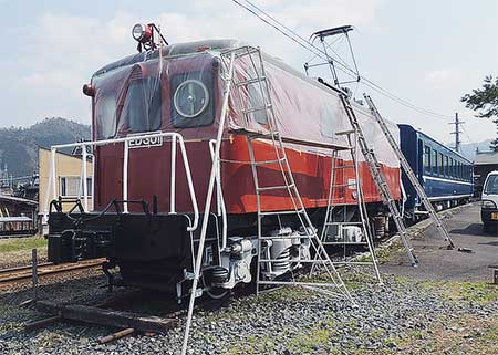 もと北陸鉄道ED301の整備が行なわれる