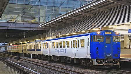 博多—西戸崎間で臨時列車運転