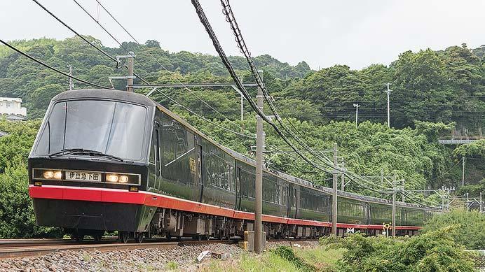 伊豆急行「リゾート21/黒船電車」