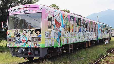 南阿蘇鉄道「マンガよせがきトレイン」2両目が登場