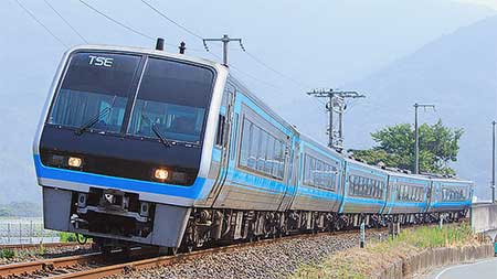 https://cdn3.railf.jp/img/news/2017/07/170730_tse_7335_3.jpg