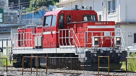 DD200-901が単機で試運転
