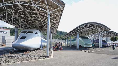 鉄道総合技術研究所風洞技術センターで『新幹線高速試験車両特別公開2017』開催