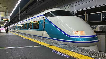 東武鉄道で「日光夜行号」が運転される