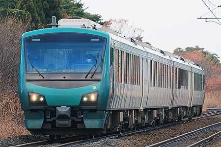 HB-E300系「リゾートしらかみ 橅編成」が男鹿線へ