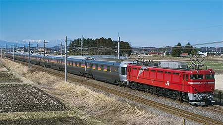 東北本線でE26系の試運転