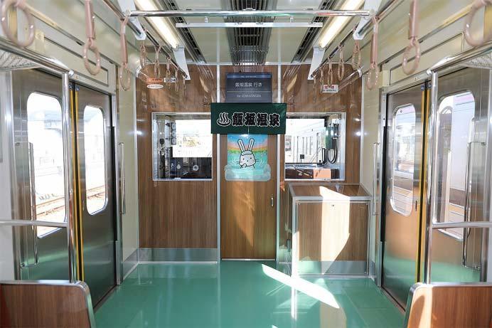1000系第2次車両(1103編成)内装(運転室仕切ドア)