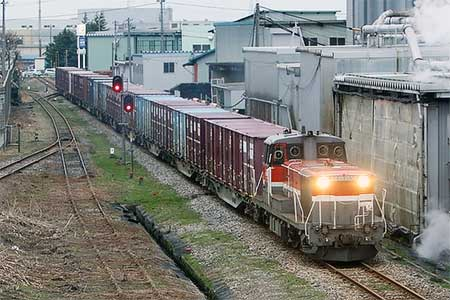 JR貨物新湊線,ダイヤ改正で定期運用から臨時運用に