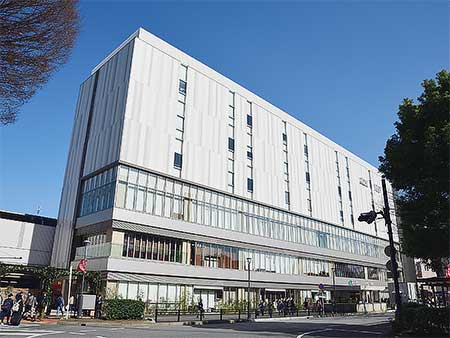 JR浦和駅西口ビルが開業
