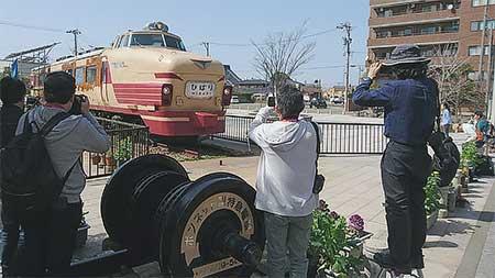 クハ481形100番台仕様のボンネットヘッドマーク撮影会開催