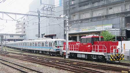 東京メトロ07系07-103編成が甲種輸送される