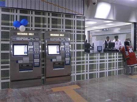 チェンナイメトロに納入されている自動券売機