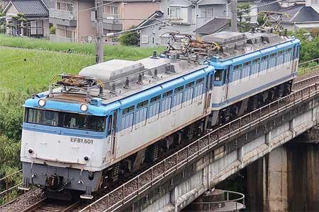 鹿児島本線で重連単機が運転される