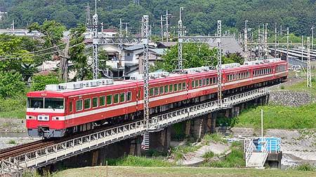 東武1800系1819編成による団体臨時列車運転