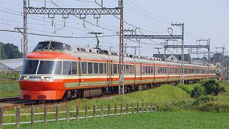 「LSE」が団体臨時列車で片瀬江ノ島へ