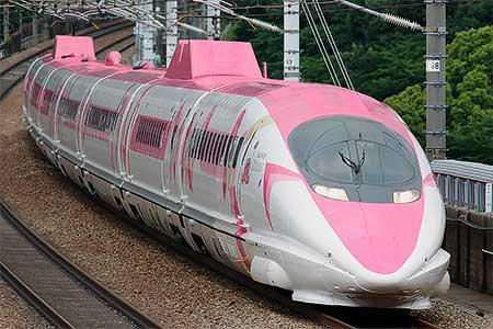 山陽新幹線で「ハローキティ新幹線」の運転開始