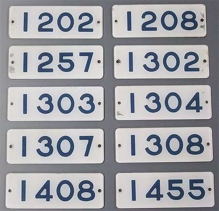 東急線1000系の車内で実際に使用されていた車号板