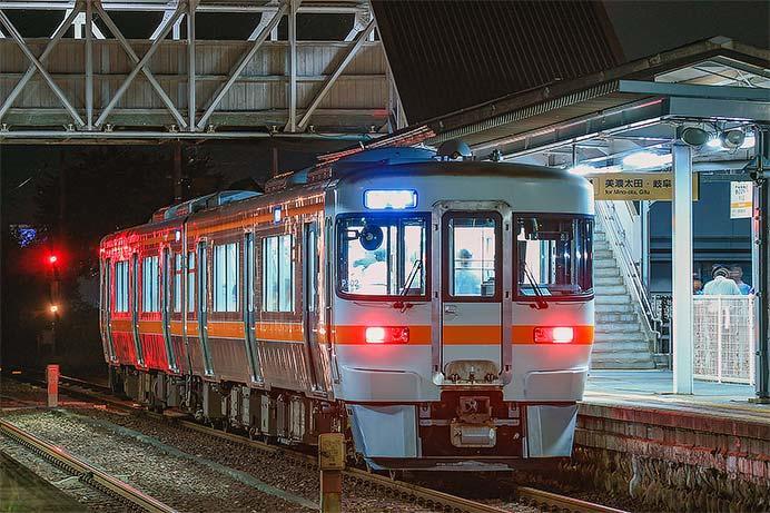 『川辺おどり・花火大会』にあわせて高山本線で臨時列車運転