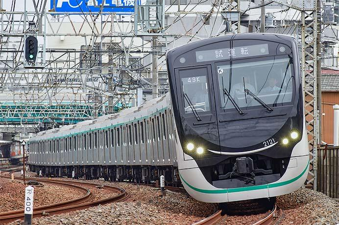 東急2020系が東武スカイツリーラインで日中に試運転