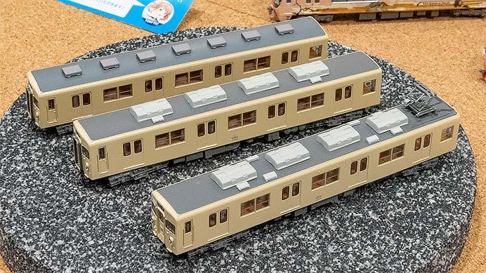 トミーテック,「鉄道コレクション」東武8000系非冷房車(セイジクリーム)など新製品を発表