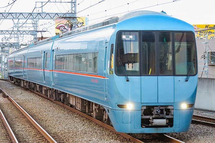 小田急江ノ島線で臨時ロマンスカー運転