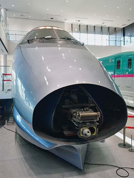鉄道博物館で『400系新幹線電車連結器公開』開催