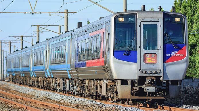 JR四国各線の特急列車で増結運転が始まる