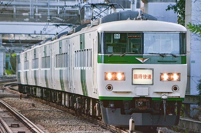 """快速""""成田山初詣横須賀号"""",185系で運転"""