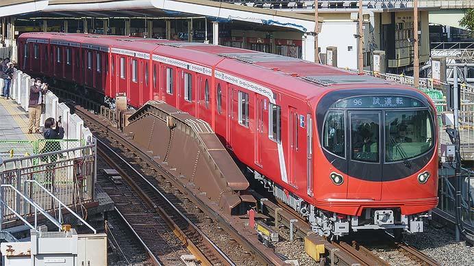 東京メトロ2000系が日中に試運転を実施