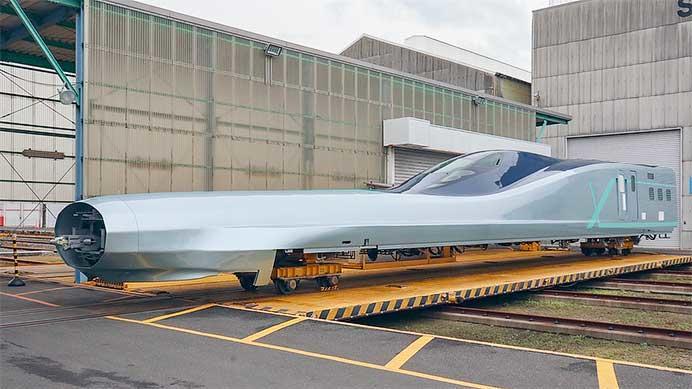 JR東日本E956形「ALFA-X」の10号車の構体が公開される