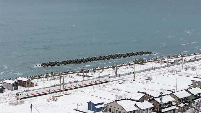 キヤE193系「East i-D」が,えちごトキめき鉄道線を検測
