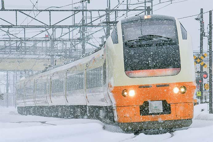 """快速""""十日町雪まつり号&dquo;,E653系で運転"""