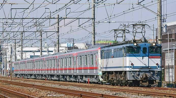 東武70000系71714編成が甲種輸送される