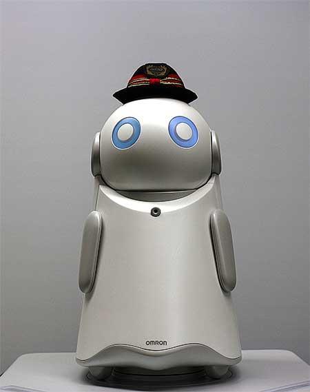 京王,3月16日から下北沢駅で対話形AI窓口案内ロボの試験運用を開始
