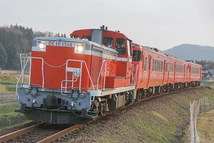 キハ40系3両が芸備線志和口から幡生へ