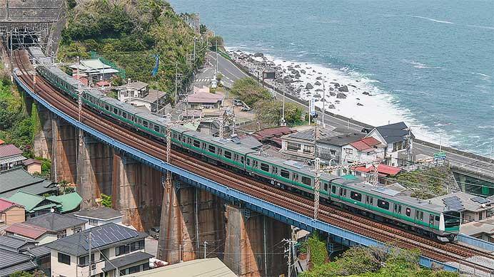 E233系7000番台が試運転で根府川まで入線