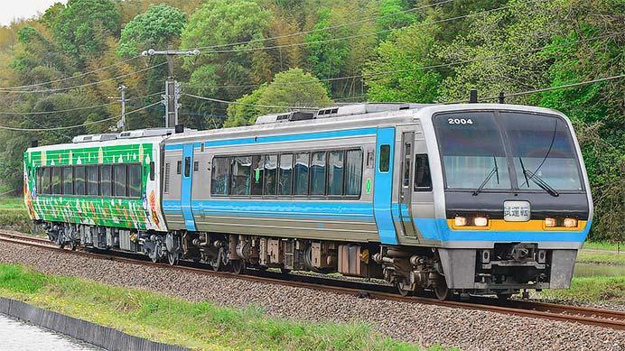 「アンパンマン列車」2212号車が出場