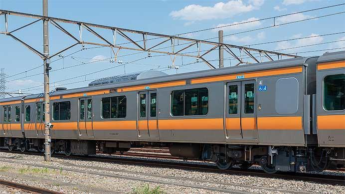 JR東日本,中央快速線用E233系0番台トイレ設置車が公開される