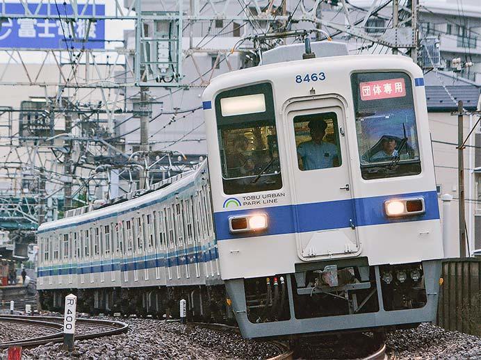 東武8000系による団臨が運転