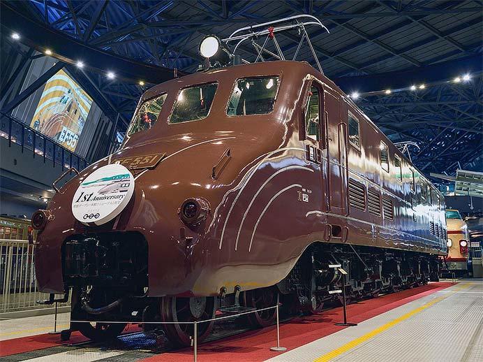 鉄道博物館でEF55 1に『南館開館1周年記念ヘッドマーク』