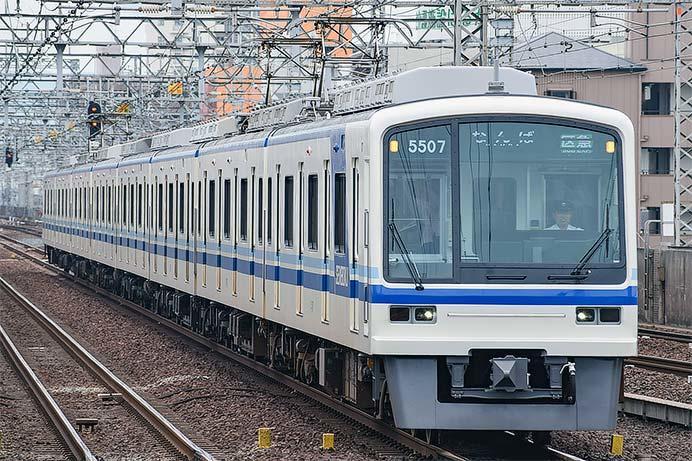 泉北5000系5507編成の表示器がフルカラーLEDに|鉄道ニュース|2019年7 ...