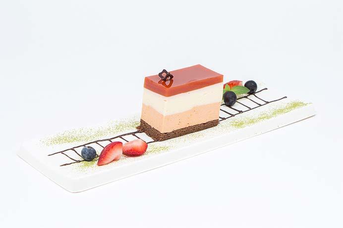「登山電車ケーキ」