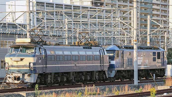 8865列車をEF66 27が代走けん引
