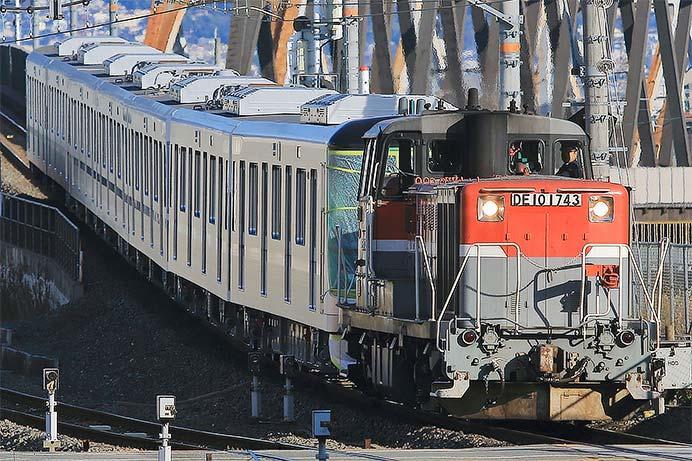 東京メトロ13000系第41編成が甲種輸送される