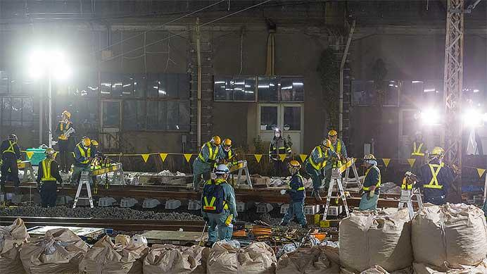 品川付近で山手線・京浜東北線の線路切換工事