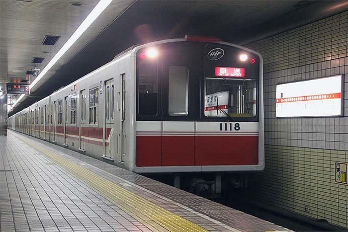 御堂筋線10A系1118編成が緑木検車場へ